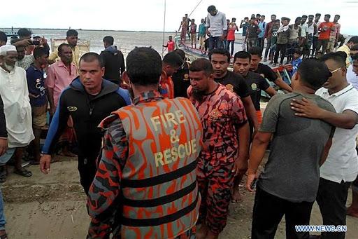 डुङ्गा डुब्दा बङ्लादेशमा कम्तीमा १७ को मृत्यु