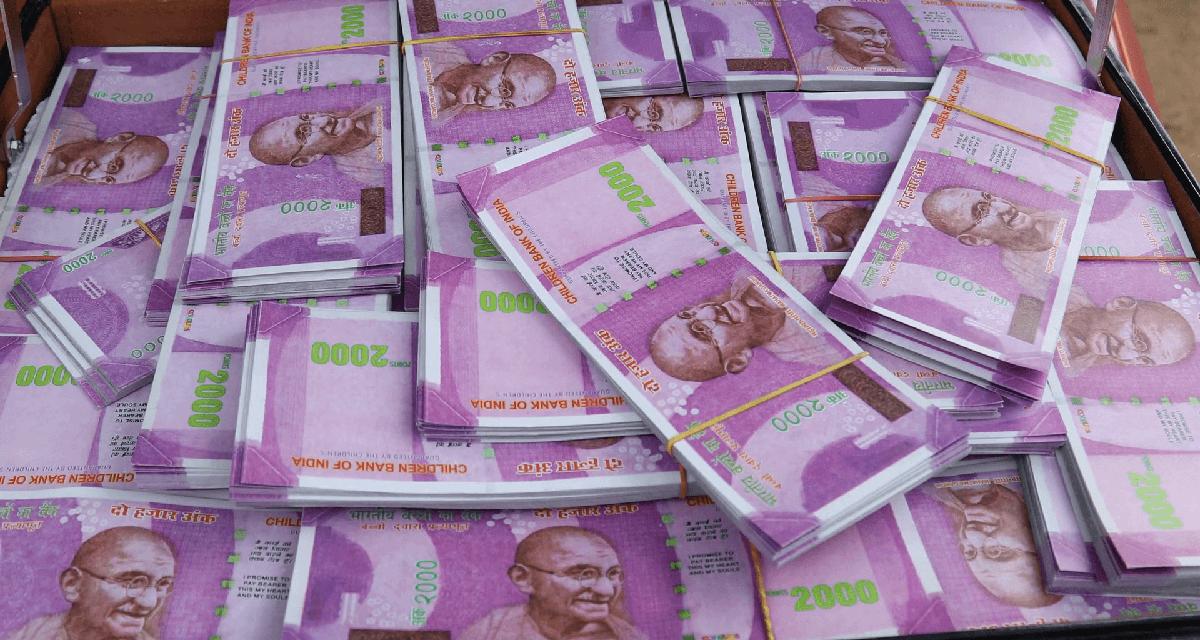 भारतमा ३ करोड बराबरको नगद र गरगहना चोरी गरेर नेपाली दम्पती फरार