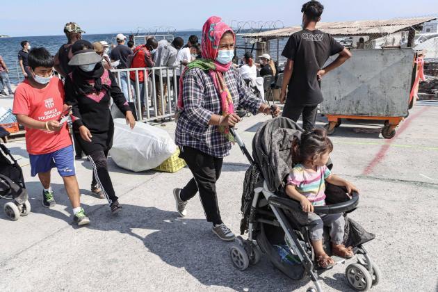 ग्रीसको मोरिया क्याम्पबाट करिब ५०० आप्रवासी बालबालिकालाई फ्रान्स ल्याइने