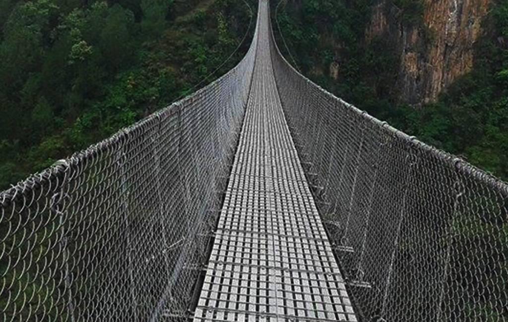 पाँच झोलुङ्गे पुलमा क्षति