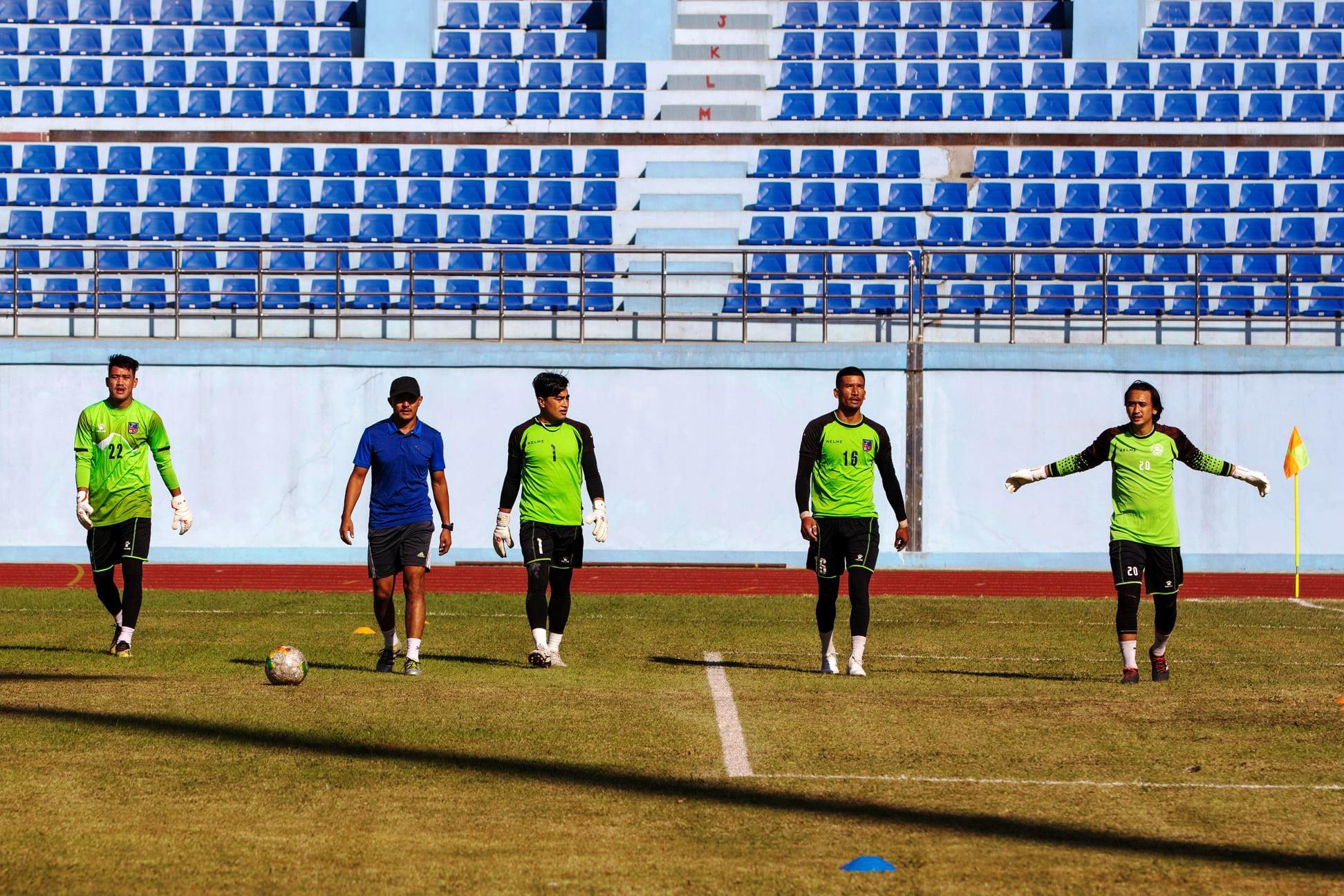 राष्ट्रिय फुटबल टोलीको प्रशिक्षण (फोटो फिचर)