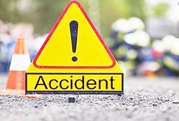 इलाममा पिकअप दुर्घटना : दुईको मृत्यु, दुई घाइते