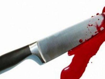 २५ पटक चक्कु हानेपछि महिलाले प्रहरीलाई फोन गरेर भनिन् – 'बलात्कारीलाई मारिदिएँ'