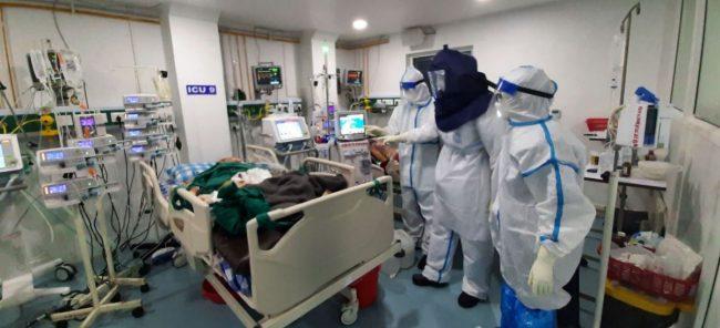 कोरोना अनुभव : यस्तो पो सरकारी अस्पताल ! स्वास्थ्यकर्मी हुनु त …