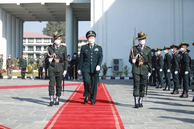 चीनका रक्षामन्त्री जंगी अड्डामा (फोटोफिचर)