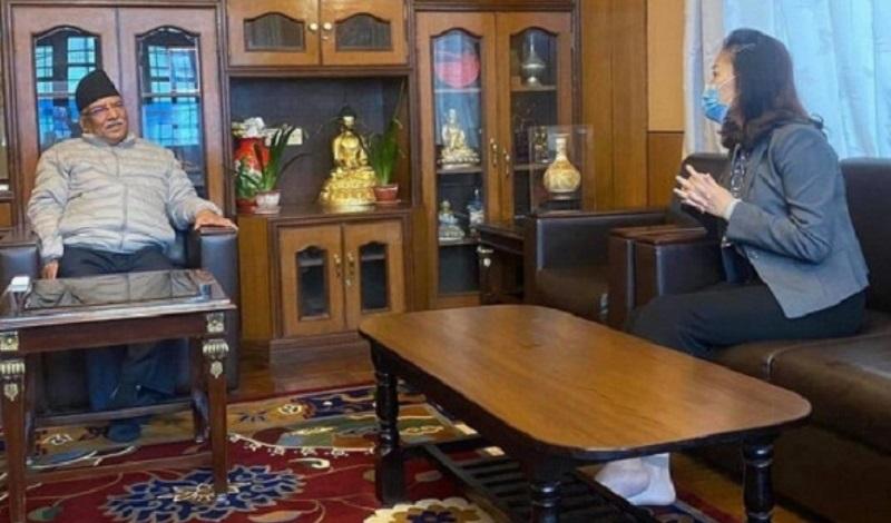 प्रचण्ड र चिनियाँ राजदूतबीच भेटवार्ता, प्रचण्डलाई चिनियाँ राष्ट्रपतिको किताब उपहार