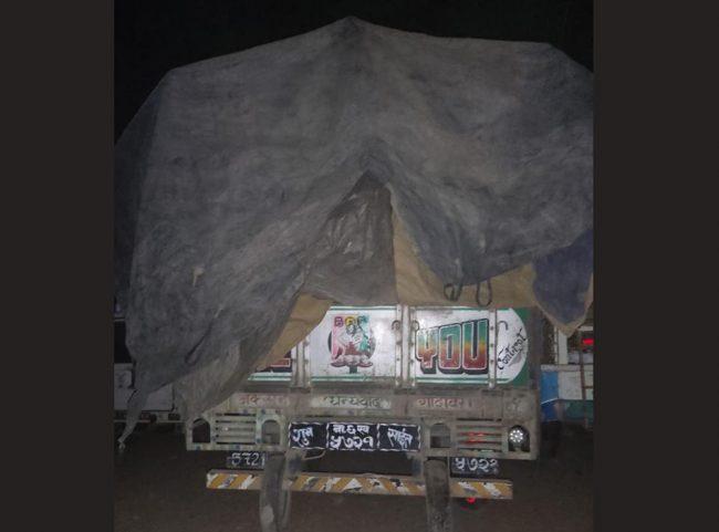 मुगुका लागि पठाउनुपर्ने जापानी चामल भक्तपुर पठाउने व्यापारी धौरटीमा छुटे