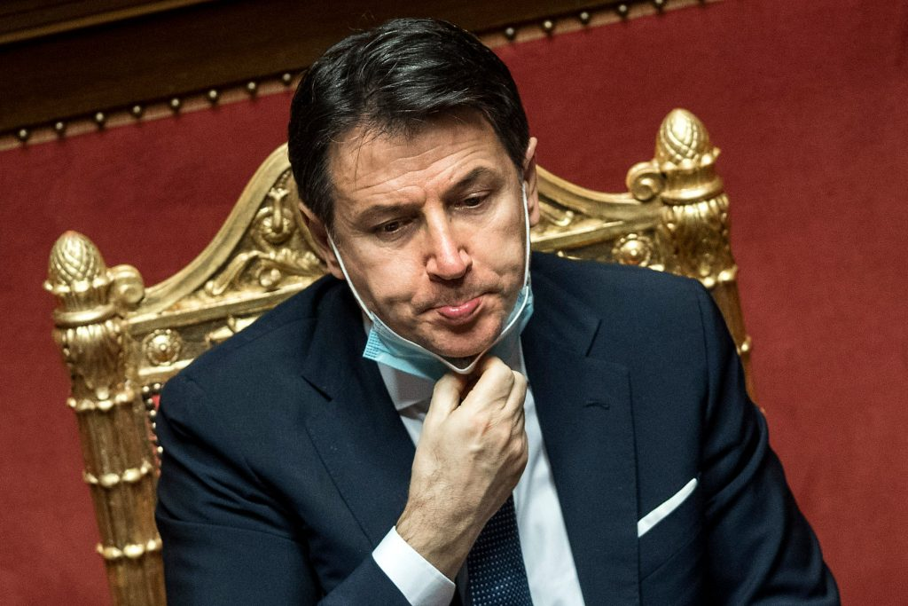 इटलीका प्रधानमन्त्रीद्वारा राजीनामा