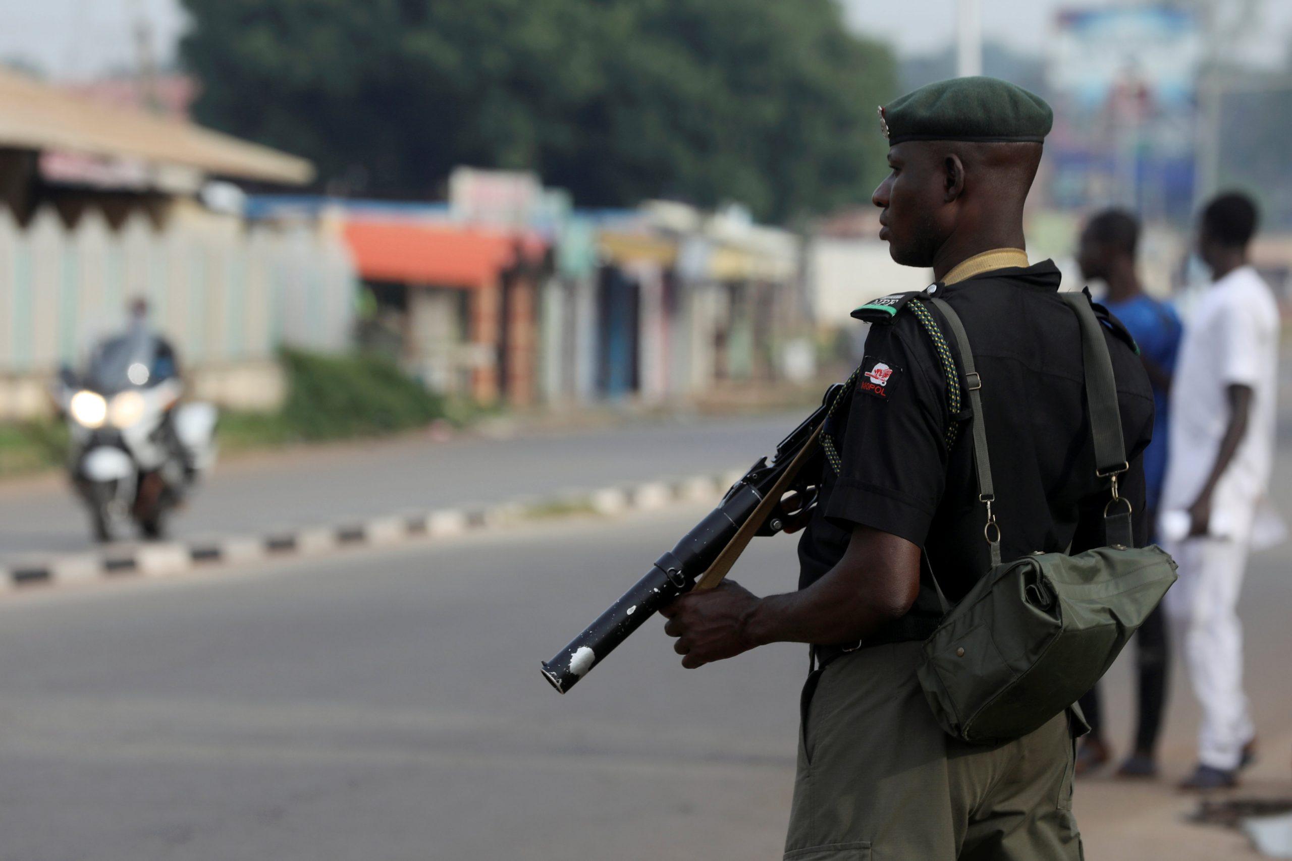 नाइजेरियामा गाउँलेमाथि बन्दुकधारीको आक्रमण