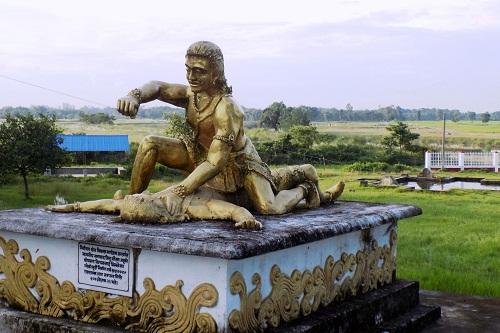 आन्तरिक पर्यटकले जुरमुराउँदै झापाकाे किचकबध