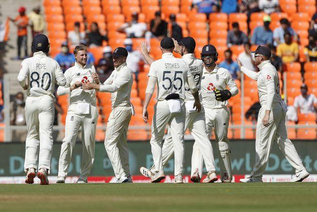 भारत १४५ रनमा अलआउट, रुटले लिए ५ विकेट