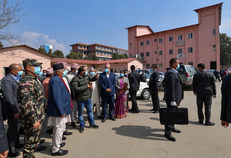 के प्रधानमन्त्रीलाई नेपाली सेना र अन्य सुरक्षा निकायको विश्वास लाग्दैन ?