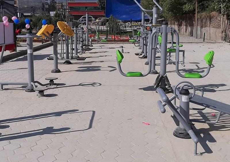 नगरपालिकाले बनायो खुला व्यायामशाला