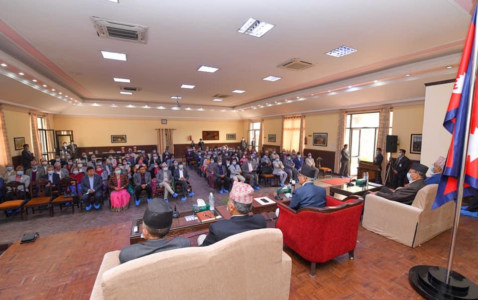 एमाले महाधिवेशन आयोजक कमिटीको बैठक बालुवाटारमा जारी