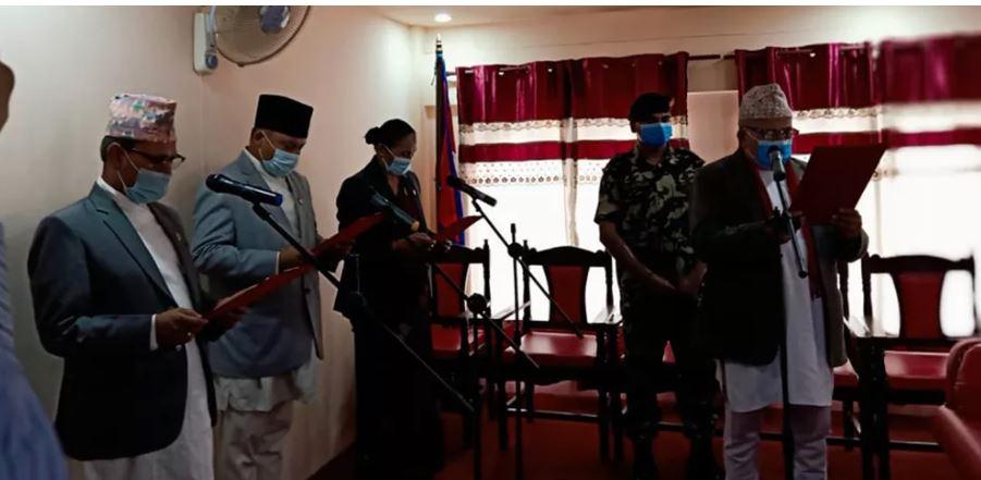 वाग्मती प्रदेशका तीन मन्त्री र एक राज्यमन्त्रीद्वारा शपथ ग्रहण