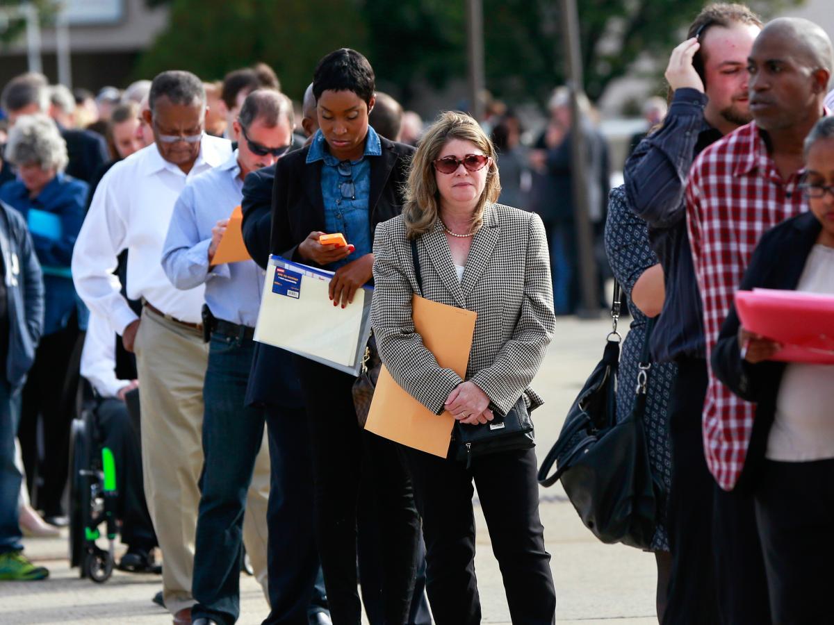 अमेरिकामा बेरोजगार भत्ता दाबी गर्नेको संख्या चार लाख ७३ हजार