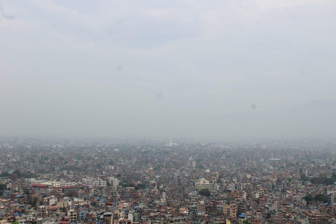 स्वयम्भूनाथबाट देखिएको काठमाडौं (फोटोफिचर)