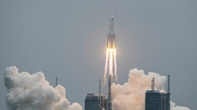 चीनको २१ टनको अनियन्त्रित रकेट माल्दिभ्स नजिकै खस्यो