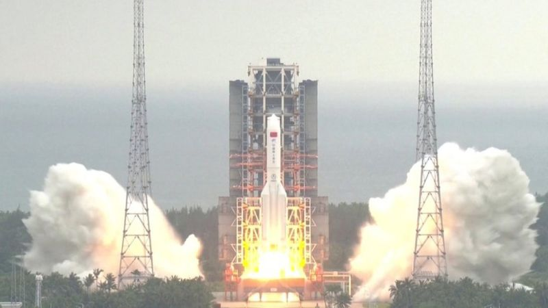 चीनको अनियन्त्रित रकेट पृथ्वीमा खस्ने खतरा
