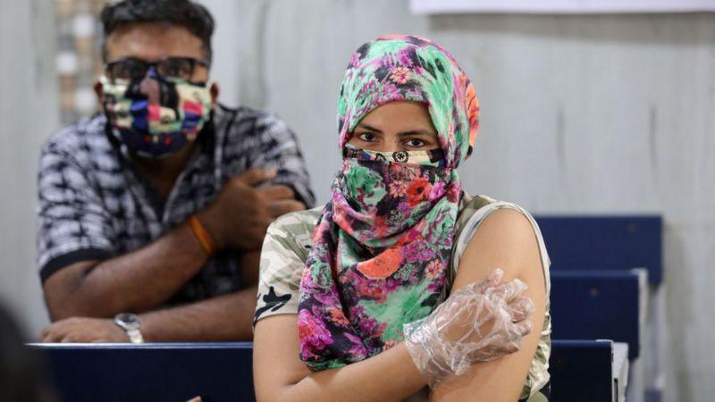 भारतको खोप अभियान किन नराम्ररी असफल भइरहेछ
