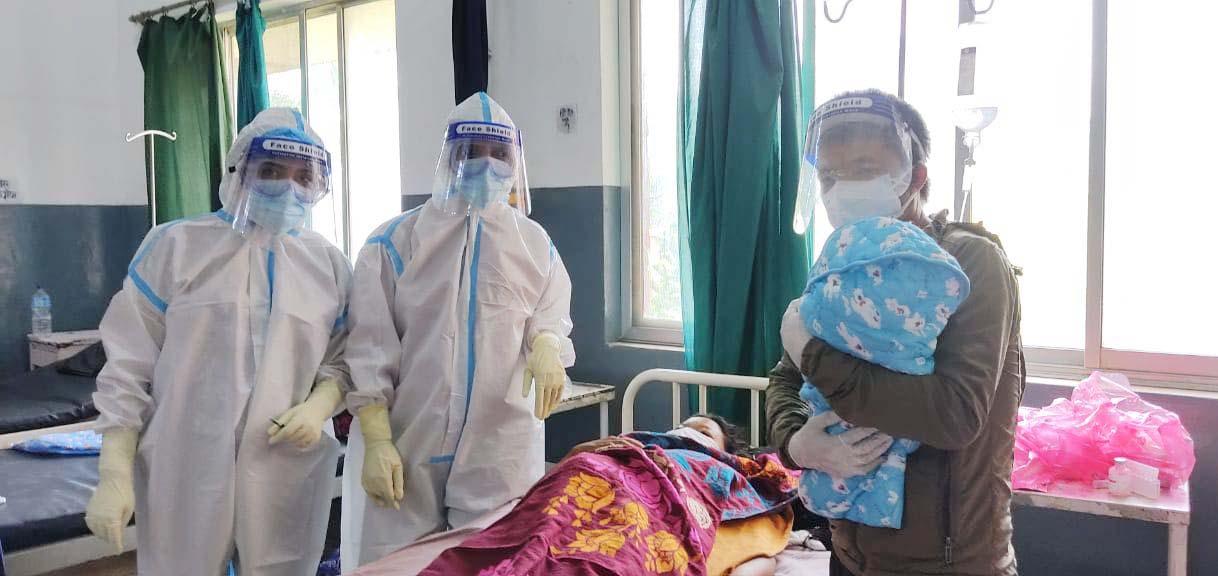 संक्रमित महिलाले जन्माइन् स्वस्थ बच्चा