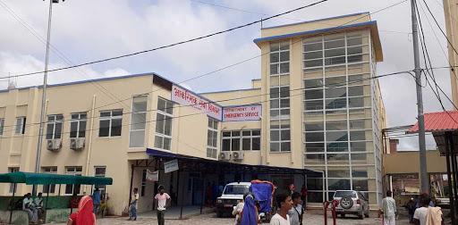 कोरोना संक्रमितको मृत्यु भएपछि जनकपुर प्रादेशिक अस्पतालमा तोडफोड