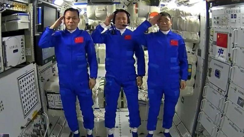जब अन्तरिक्षमै सुते चिनियाँ अन्तरिक्षा यात्री