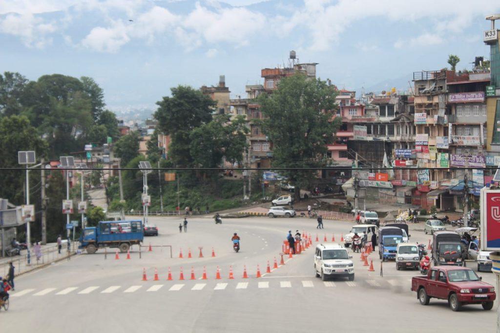 निषेधाज्ञा खुकुलो पार्ने निर्णपछि काठमाडाैंका सडककाे दृष्य (फोटोफिचर)
