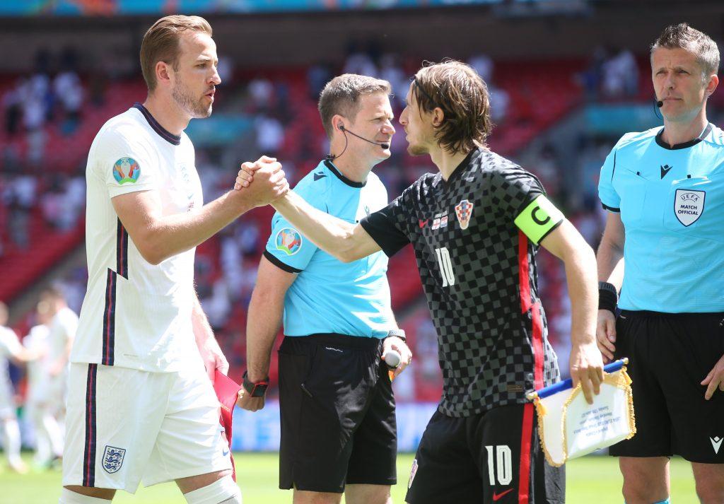 इंग्ल्यान्डको सुखद सुरुवात, क्रोएसिया १ – ० गोल अन्तरले पराजित