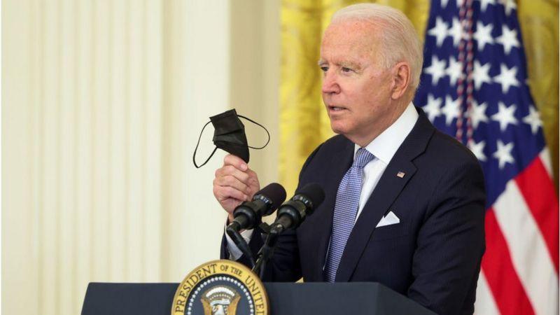 खोप लगाउनेलाई प्रतिव्यक्ति सय डलर दिन राज्यहरूलाई राष्ट्रपति बाइडनको आह्वान