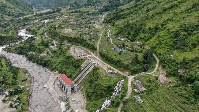 जलविद्युतले बदलिएको गाउँ
