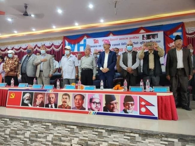 यही साता सरकारमा जाँदैछौँः माधव नेपाल