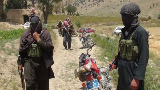 अफगानिस्तानमा तालिबानलाई निशाना बनाएर आतंकवादी आक्रमण, ३५ तालिबानी मारिए