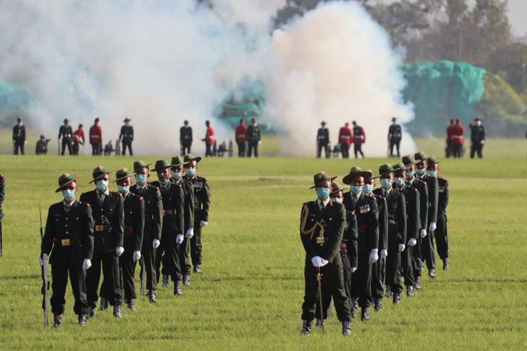 टुँडिखेलमा नेपाली सेनाको फूलपाती बढाइँ (फोटोफिचर)