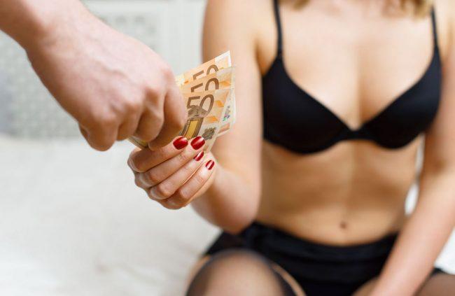 विश्वमै वेश्यावृत्तिको तेस्रो ठूलो केन्द्र मानिने देशमा वेश्यावृत्तिलाई अपराध घोषित गरिने