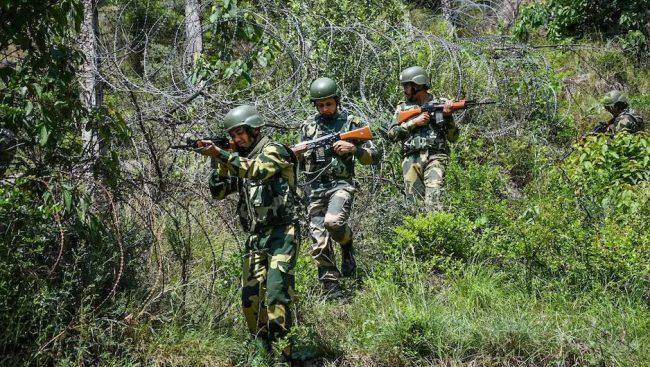 जम्मु कश्मिरमा भारतीय सेनामाथि ठूलो आतंकवादी आक्रमण