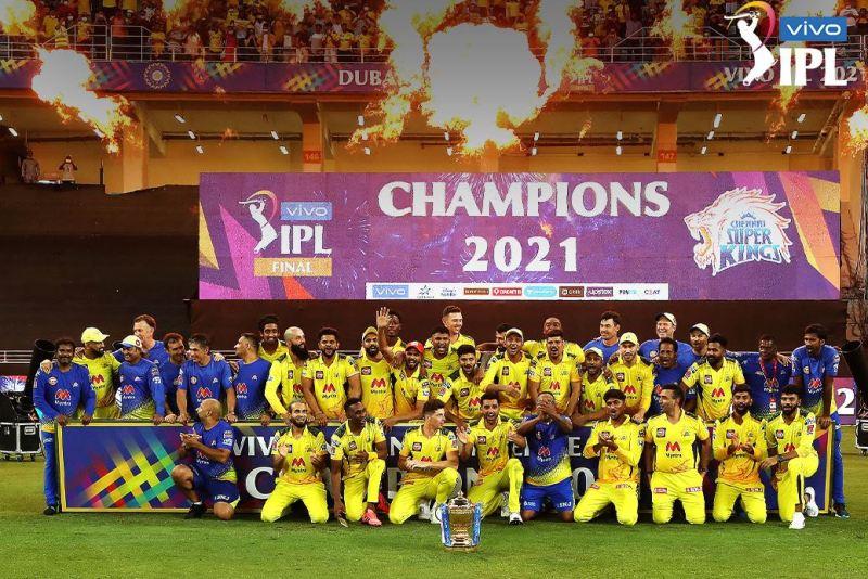 चेन्नईले चौथोपटक जित्यो आईपीएल उपाधि, फाइनलमा कोलकाता पराजित